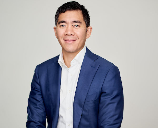 Adelaide Orthopaedic Surgeon - Dr Chien-Wen Liew